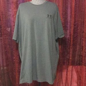 Mens UNDER ARMOUR Loose fit heat gear T Shirt